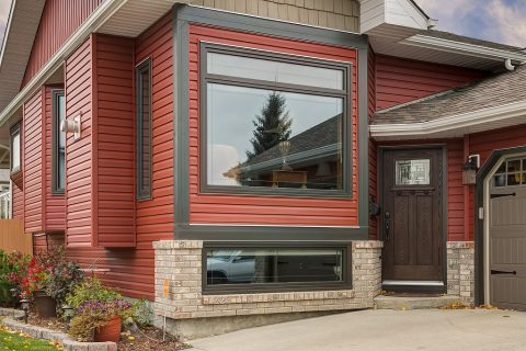 https://www.allweatherwindows.com/primary/wp-content/uploads/2016/08/179-Woodside-Road-airdrie-25-of-28-resized-480x320.jpg